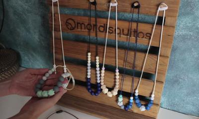 Mordisquitos venta a tiendas, expositor handmade de madera